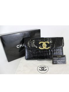 55b295ad5e8b Authentic CHANEL Vintage Crocodile CC Logo Clutch Bag (RARE)