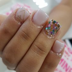 These nails are cute but it looks like her cuticles are in pain Confetti Nails, Nail Art For Kids, Super Cute Nails, Nagel Gel, Fabulous Nails, Creative Nails, Simple Nails, Trendy Nails, Love Nails