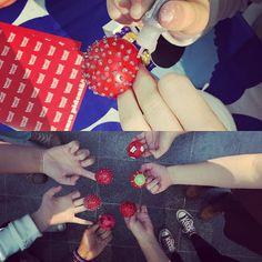 #Nenäpäivä-nenien tuunausta ja valmiit yksilöt! #glitterrules #rouheinnenä #Postimuseo #Vapriikki #Tampere Workshop, Glitter, Instagram Posts, Essen, Atelier, Work Shop Garage, Sequins, Glow