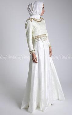 Pearlia Dress by Dian Pelangi For HijUp Rp.4.950.000