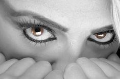 Avertizare: stres la orizont! Vă e cunoscută acea stare de agitație interioară, însoțită de vâjâitul din urechi și de inima ce a pornit-o...
