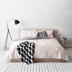 It's a Brand New Week. Time to get up and 'style life pretty' with monochrome tones and a chunk of blush. @countryroad always gets this combo right. Visual bedroom eye candy right there.  Have a great start to the week friends and we're looking forward to counting down to the POP UP with you throughout the week. by simple.form
