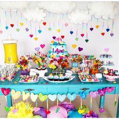 """""""Olha que linda decoração by @festacomgosto  #encontrandoideias #blogencontrandoideias"""""""