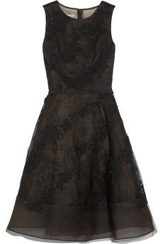 Oscar de la Renta Embellished lace-appliquéd tulle dress | NET-A-PORTER