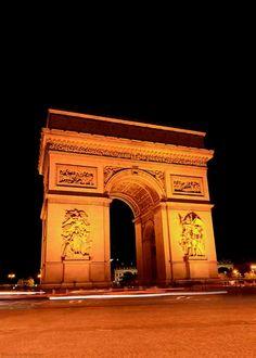 Traffic, Arc de Triomphe (David Kosmos Smith)   #PARIS