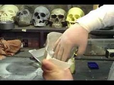 Foam skulls how-to - using off the shelf cans of expanding foam from the hardware store #HalloweenDIY