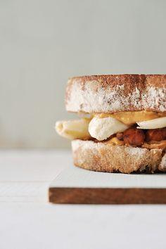 peanut butter banana bacOn sandwiches