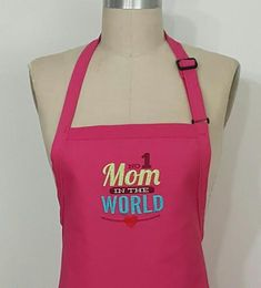 N 1 Mom in the world - Fuchsia Apron -Mommy gift idea - Personalized apron . by SouthernAplus on Etsy