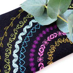 Ilahdutusta ja DIY:Sydänpussukka - Punatukka ja kaksi karhua Denim Crafts, Crochet Necklace, Embroidery, Tote Bag, Sewing, Lunch Bags, How To Make, Ideas Para, Diet