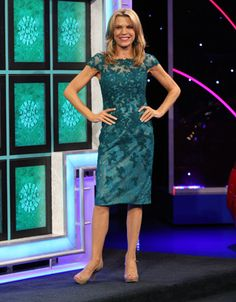 LA FEMME: Evergreen re-embroidered lace cocktail dress w/scoop neckline, cap sleeves, sheath style| Vanna White's dresses | Wheel of Fortune