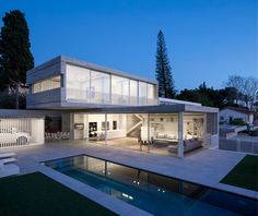Dual House by Axelrod Architects & Pitsou Kedem Architects | HomeAdore