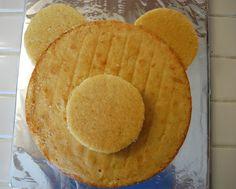 Easy Teddy Bear cake, sort of how I'd do it. Teddy Bear Party, Teddy Bear Cakes, Teddy Bears Picnic Party, Teddy Bear Birthday Cake, Panda Bear Cake, Teddy Bear Baby Shower, Picnic Birthday, Creative Cakes, No Bake Cake