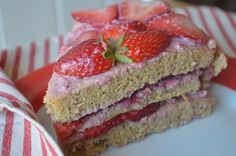 Healthy Strawberry Icy Naked Cake...PALEO! Healthy Baking, Baked Goods, Brownies, Naked, Strawberry, Fruit, Food, Cake Brownies, Eten