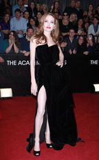 The Famous Leg - The Red Carpet Project - NYTimes.com