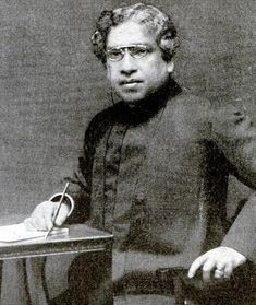 Jagadish Chandra Bose was a Bengali polymath, physicist, biologist, botanist, archaeologist, as well as an early writer of science fiction.  http://worldstag.blogspot.com/2014/09/acharya-sir-jagadish-chandra-bose-csi.html