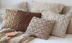 Knit cushions by katia Diy Pillow Covers, Cushion Covers, Tapetes Diy, Diy Cushion, Knit Pillow, Crochet Cushions, Wool Fabric, Crochet Home, Handmade Crafts