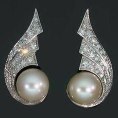 Vintage diamond pearl winged clip earrings, the Fifties Belgian,ca 1950