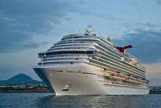 Passenger on a Carnival Cruise Ship Risks His Life with a Dangerous Stunt