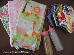 Play Diaper Bag Kits, I would have loved this! Diy Sewing Projects, Sewing Crafts, Sewing Ideas, Diy Doll Diapers, Girl Dolls, Baby Dolls, Dolls Dolls, Big Sister Bag, Doll Carrier