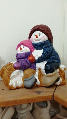 Find Santa, Trail, Ceramics, Christmas, Christmas Crafts, Toilet Paper Tubes, Hand Painted Pottery, Cherubs, Art On Wood