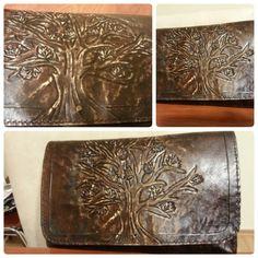 Çınar ağacı desenli deri el çantası