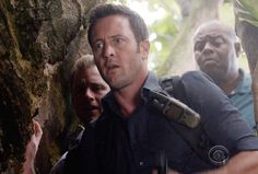 """♥♥♥  Hawaii Five-0's Season 6 premiere is one to... treasure, based on this exclusive look at the first promo. The CBS drama's Friday, Sept. 25 opener -- titled """"Mai ho`oni i ka wai lana mâlie"""" (""""Do Not..."""
