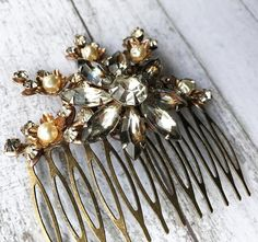 Flower Hairpiece/ Flower Hair Comb/ Boho by DreaminDetails on Etsy
