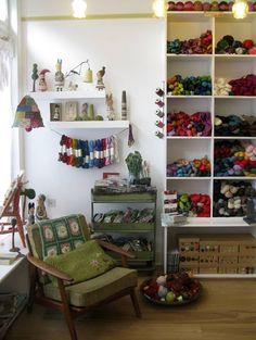 """""""Loop"""" favorite knitting shop"""