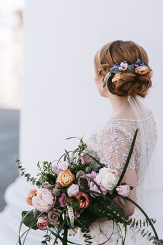 Kevätmorsian, bohemian bride and her stunning bouquet www. Bridal Looks, Bridal Style, Bohemian Bride, Ethereal, Bouquet, Maggie Sottero, Stylish, Wedding, Crown