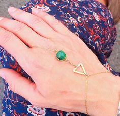 14k Gold Filled Bracelet / Hand Chain / Emerald Gemstone / Semi-Precious Stone / Slave Bracelet by izbohojewelry. Explore more products on http://izbohojewelry.etsy.com