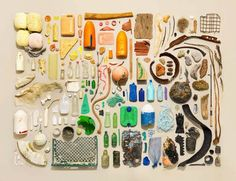 Photographer Jim Golden worked with stylist Kristin Lane to create a series of still life photographs about massive collections of objects. Jim Golden, Foto Still, Things Organized Neatly, Collections Photography, Collections Of Objects, Displaying Collections, Florence Knoll, Foto Art, Photographic Studio