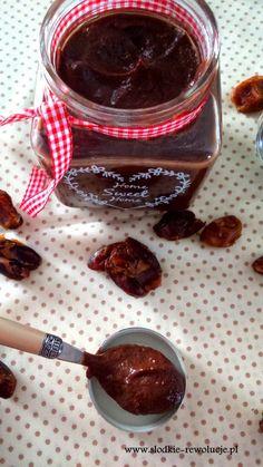 Słodkie Rewolucje: Zdrowy Krem czekoladowy z daktyli