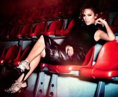 Jennifer Lopez for InStyle Magazine Jennifer Lopez Fotos, Jennifer Lopez Feet, Pictures Of Jennifer Lopez, Instyle Magazine, Billboard Music Awards, Revista Instyle, New York City, She Is Gorgeous, Ballerinas