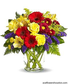 Garden Parade Flowers :- Flowers make it great for men and women of all ages. If you want to put this colorful bouquet on your hit parade of gifts to send and it is a perfect arrangement.