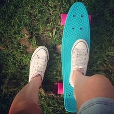 Penny board!!! ♥♥♥ I love that these can fit in your backpack!!!!