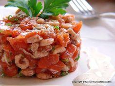 Kleiner Kuriositätenladen: Krabben-Lachstatar mit Limetten-Joghurtsauce
