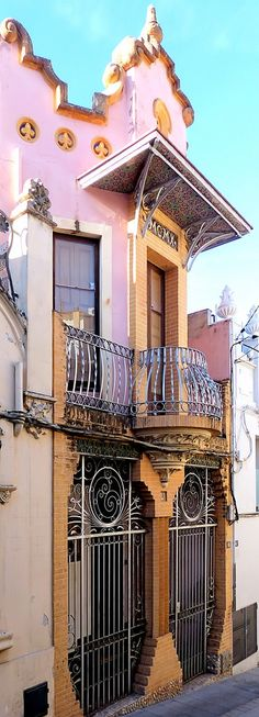 Casa Delgado  1910  Architect: Joan Rubió i Bellver