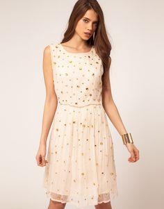 Новинки моды, новинки сезона, модные платья