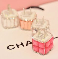 DIY bling phone charger