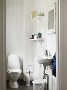 Pure and simple My Ideal Home, House Rooms, Bathroom Inspiration, Powder Room, Bathing, Toilet, Home Goods, Shelves, Pure Products