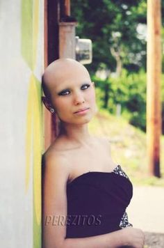 Teen Diagnosed With Bone Cancer Dies After Getting Prom Wish - Perez Hilton Shave Eyebrows, How To Draw Eyebrows, Bald Hairstyles For Women, Skinhead Reggae, Cosmetics Market, Makeup Tips For Brown Eyes, 14 Year Old Girl, Bald Girl, Hair