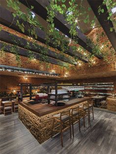 50 Friends Restaurant by Cherem Arquitectos