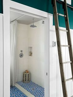 pool house bathroom | visit countryliving com