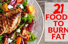 21 Of The Best Fat Burning Foods To Help You Lose Weight - 32 Muscle Building Superfoods Best Fat Burning Foods, Fat Burning Detox Drinks, Post Workout Nutrition, Fitness Nutrition, Men's Fitness, Muscle Fitness, Superfoods, Muscle Building Meal Plan, Muscle Food