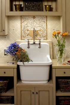 Charming vintage sink. For beautiful laundry room ideas see Saffronia's blog #laundry room