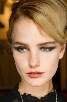 Armani Prive fall 2014 cat-eye makeup and rosy lips