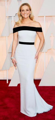 Reese looking wildly chic at the 2015 #Oscars. Reese Witherspoon Oscar, Celebrity Red Carpet, Holiday Outfits, Academy Awards, Red Carpet Fashion, Strapless Dress Formal, Formal Dresses, Frocks, Oscars