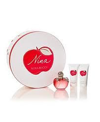 Nina by Nina Ricci Holiday Set Perfume, Shower Gel, Body Lotion, Holiday Gifts, Place Card Holders, Products, Make Up, Vacations, Perfume Store
