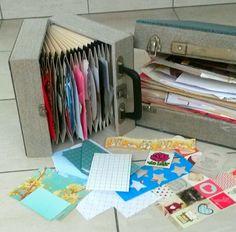Found at the thrifsstore - kringloopgeluk: singles-koffertje en LP-koffer waarin ik restjes papier en snailmailthema's bewaar