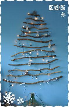 #ChristmasTree #mininalist Design Ideas   By Kris.blogspot.nl alternative christmastree